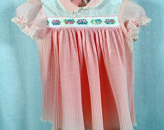 Vintage Sears Pink Baby Dress - Size Medium - 21 - 26 lbs. - Pleated Accordion Fabric