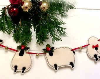 CHRISTMAS SHEEP BUNTING/garland hand made