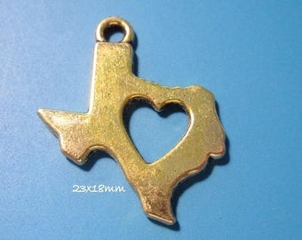 50% Off Bulk 20 pcs I Love Texas Charm, State of Texas Charms, Antique Gold with open Heart Texas Charm 23x18mm C1078 C1171