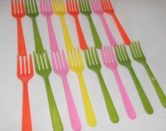 Vintage Retro Plastic Picnic Forks