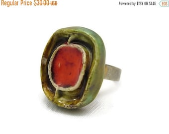 OnSale Mid Century Modern Jewelry - Art Pottery Statement Ring, Red, Green