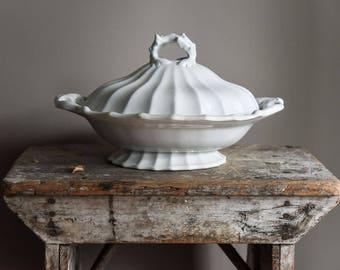 Antique 1850s Ironstone Tureen, J Wedgewood White Ironstone Lidded Serving Dish, Kitchen & Dining,