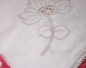 vintage flower tablecloth with lace center 38x38 inches