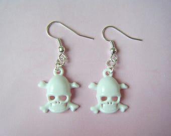 Skulls earrings ♥ ♥ white
