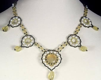 Victorian necklace with prehnite Yellow green necklace with prehnite gemstone, quartz and pearls Classic style necklace N810