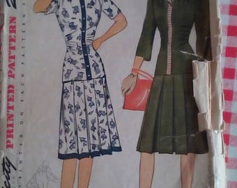 """1940s Two-Piece Dress - 34"""" Bust - Simplicity 4310 - Vintage Sewing Pattern"""