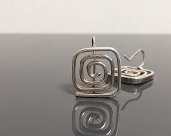 sterling silver square coil dangle earrings . square earrings . spiral earring . geometric earring . 1980s 1990s retro style . silver dangle