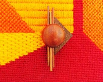 Modernist 1980s wood brooch / Memphis Design geometric European pin jewelry/ Avant Garde New wave pin