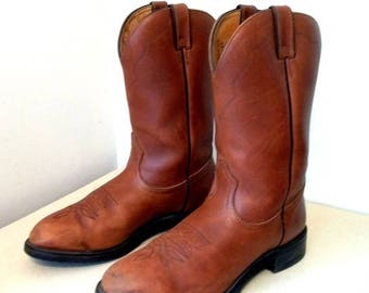 Nice Boulet brand Cowboy boots size 10 or Cowgirl size 11.5 to 12 .. Great Work Boots