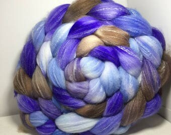 Targhee Silk Bamboo 80/10/10 Roving Combed Top - 5oz - Soft Rocks 1