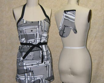 Tables Dream apron black bias tie grey gray wrap around chef style cotton canvas matching oven mitt sewn by me