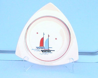 Salem China Atomic Art Deco Dinnerware: 8 Tricorne Dinner Plates, Nautical Sailing Ships Pattern - RESERVED for B****C******