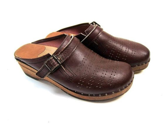 70s Swedish Bastad Clogs Brown Wooden Slip On Buckled Sandals Mules Chunky Shoes Bohemian Boho Hippie Vintage Womens Shoes EUR 40 USA 9 9.5