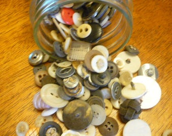 Lot of Vintage Buttons, Antique Buttons, Collection of Buttons, Sewing, Vintage Sewing Notions, Old Buttons, DIY Crafts, Button Crafts,
