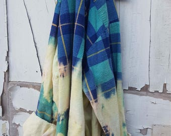 Xl turquoise blue & yellow Faded Vintage Wash Flannel
