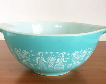 Pyrex Amish Butterprint Cinderella Bowl 1 1/2 Qt #442 Glass Ovenware, Vintage Kitchen Decor