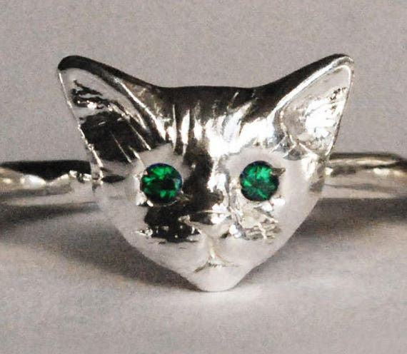 Sterling Silver Kitty Cat Ring with Emerald Eyes