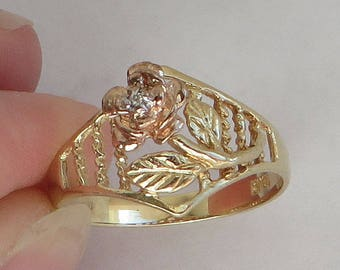 A diamond centered Vintage Rose Ring, solid 10K Y Gold with rose gold, size 7, free US first class shipping