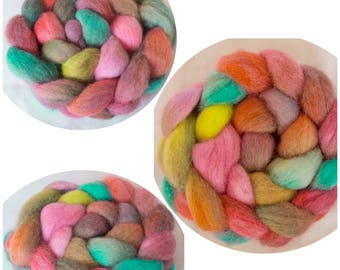 Hand dyed roving, Perendale, Handspinning, felting projects, felting fibre, felting material, combed tops, spinning wool, spindling