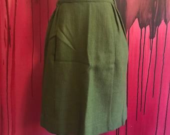 Green Wool Skirt, Fall Skirt Vintage Joseph Magnin Skirt in Green Autumn Skirt Size 2-4, Adorable Fall or Winter Wool Skirt Pockets