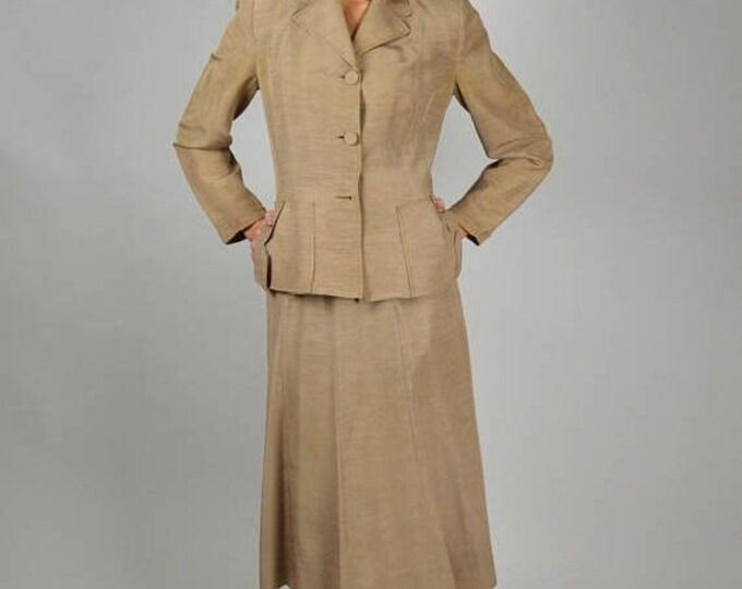 sale 40s Vintage Suit, Tan Suit, Silk Suit, Fitted Suit, Jacket Skirt Suit, Beige Suit, 1940s Suit,  World War II, USO Suit, Below the Knee,