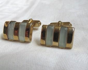 Vintage Swank gold tone & white cuff links cufflinks