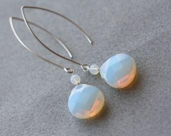 Milky White Opaline, Birthday Gift for Wife, Summer Weddings, Bridal Shop, for Sister, Retro, for Girlfriend, Wedding Party, White Earrings