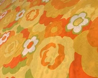 wamsutta flower power full/double flat - orange and yellow