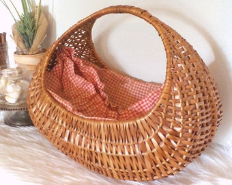 Vintage Woven basket with Red and White Check Gingham liner ~ Beautiful