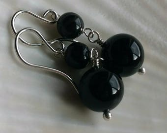 Banded agate and onyx long round stone earrings - handmade gemstone jewelry