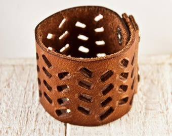 Brown Leather, Leather Jewelry, Leather Bracelets, Distressed Leather, Leather Cuff, Leather Wristbands