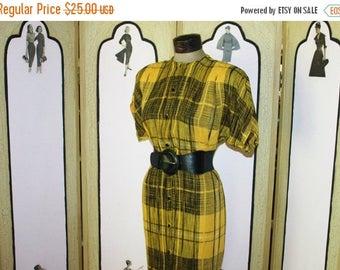 Summer Sale 20% Off Vintage 1980's Treadle Yellow and Black Plaid Design Room Dress. Fashion Forward 80's Style. Medium.