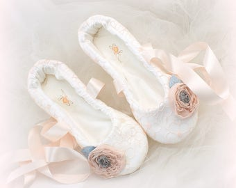 Wedding Ballet Slippers in Blush Lace with Blush and Gray Flowers, Custom Ballet Shoes