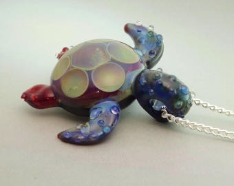 Turtle Pendant Blown Glass Sea Turtle Necklace, Glass Sea Turtle, Borosilicate, Trippy Glass Pendant, Lampwork Focal Bead (T7277B)