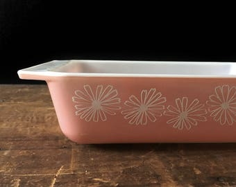 Pyrex Pink Daisy Casserole Dish, Space Saver, Pyrex 575-B, Pink Kitchen, Mad Men Era
