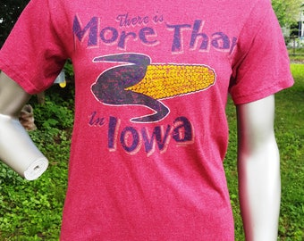 45% OFF Vintage T-Shirt, There's More Than Corn in Iowa, Corn Cob, Iowa T-shirt Size S