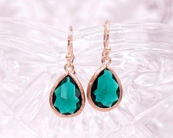 Emerald Green Teardrop Earrings   Rose Gold   Simple Bridesmaid Bridal Wedding Jewerly Gifts   Something blue for her   GlitzAndLove