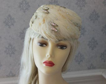 Vintage 1950s Filene's Ivory Feather, Sequin and Rhinestone Pillbox Hat