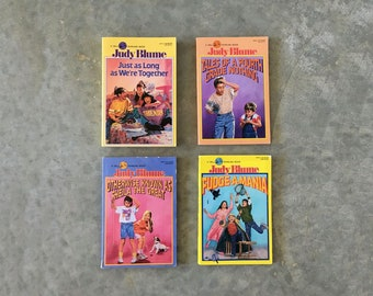 judy blume vintage book set | teen books set for girls | vintage paperback book bundle | 1211153