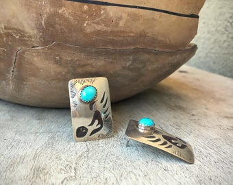 """Vintage 1"""" long bear claw silver overlay turquoise post earrings, Native American Indian jewelry, Southwest bear paw silver overlay earrings"""