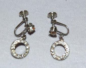 Vintage / Sparkling / Clear / Rhinestone / Earrings /Screw Back / old jewelry