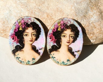 handmade wooden supply - 2 cabs for jewel creation or scrapbooking -  portraits retro vintage barrocco