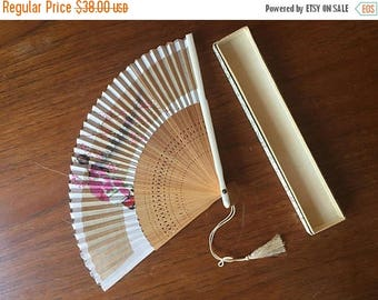 SUMMER SALE 1950s Paper Japanese Hand Fan with Geisha