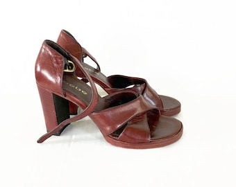 Vintage 70s Bebe Leather Heels / Italy Strappy Burgundy Leather sandals / size 7 1/2 / Boho