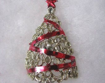 Vintage gold tone Christmas tree brooch pin with red accents