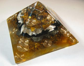 Small Orgonite Pyramid - Tiger Eye and Scolecite