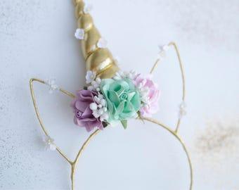 Girls unicorn headband. Floral unicorn hair piece. Unicorn birthday.