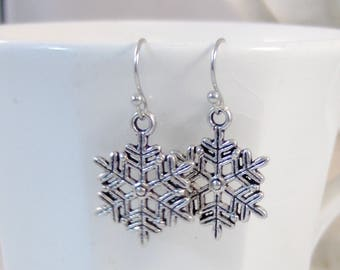 Tiny Snowflake,Snowflake Earring,Snowflake Jewelry,Snow,Holiday Earring,Christmas Earrings,Earring,Snow,Christmas Jewelry,valleygirldesigns