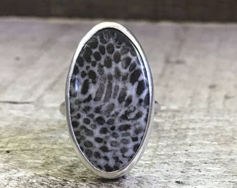 Rare Large Oval Black and White Feather Fossil Sterling Silver Statement Ring | Boho | Rocker | Fossil Ring | Unique Stone Ring