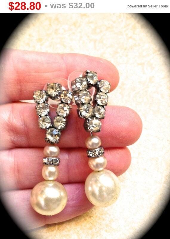 Summer Sale Art Deco Rhinestone Earrings bridal Vintage Pearl Earrings